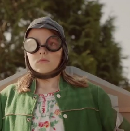 meet annie the girl who could fly song